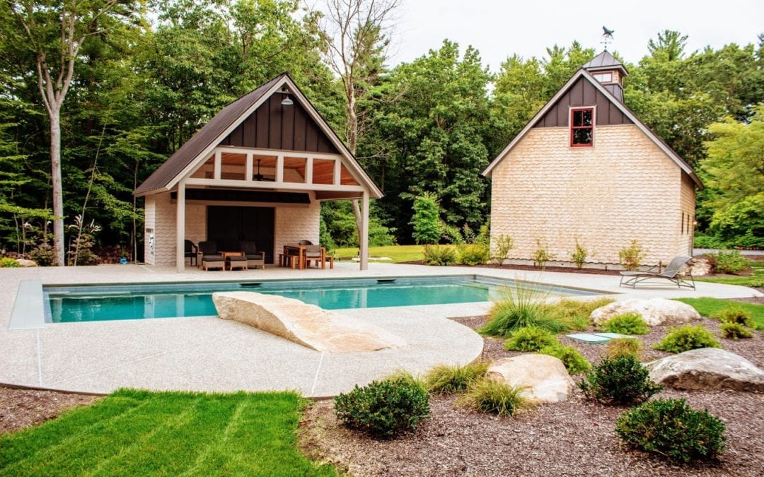 Inground Pool 101 (What is a Gunite Pool + Gunite vs. Vinyl Differences)