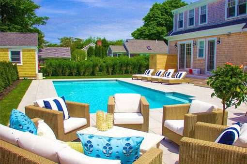 Residential swimming pool builder New England